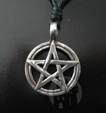 Anhänger Pentagramm im Kreis