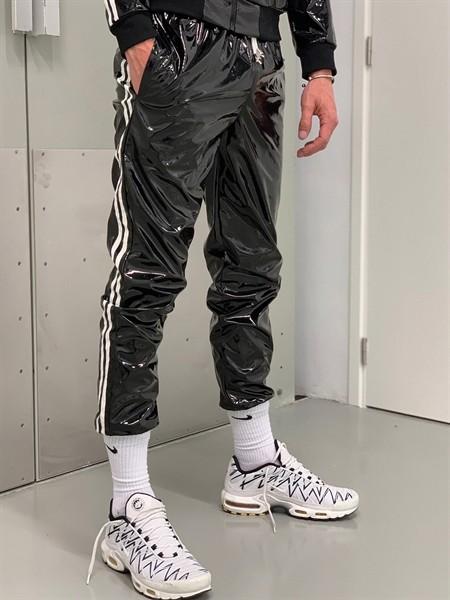 PVC Tracksuit Hose mit weißen Streifen