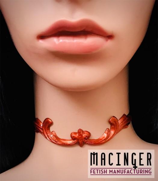 Halsband mit Bronze Applikation 'Wings' - MACINGER - Vorderansicht