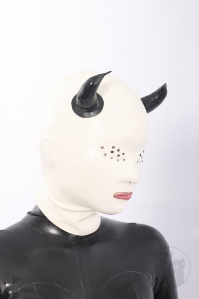 Latex Maske im Teufel Look