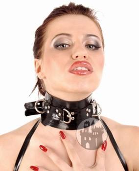 Latex Halsfessel mit D-Ringen & Nieten