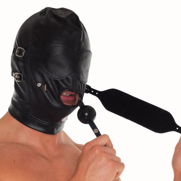 Ledermaske mit Knebel und Augenklappen