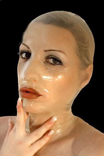 Latex Maske - Basic (Farbe: Transparent, Grösse: M, Öffnungen: Augen & Mund offen)