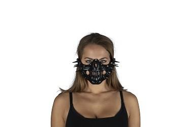 Totenkopf Halbmaske mit Nieten