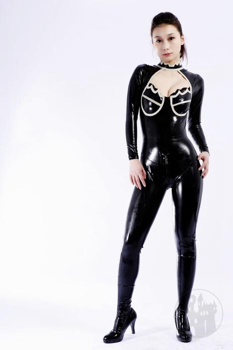 latex catsuit mit dekollet online kaufen mystic store. Black Bedroom Furniture Sets. Home Design Ideas