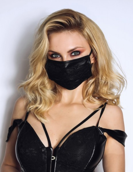 Maske mit Spitze