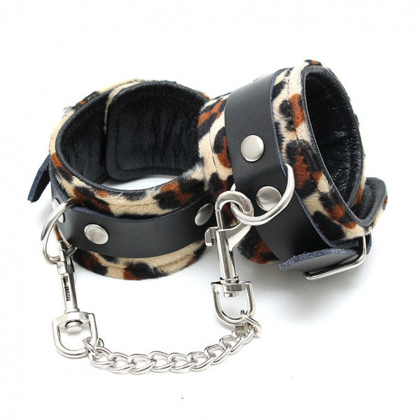 Fußfessel Leopard mit Kette