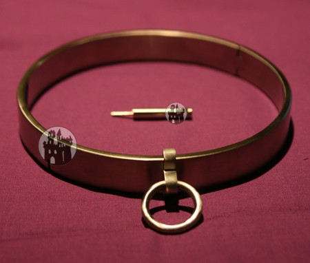 Halsband der 'O' - mit Sechskantverschluss